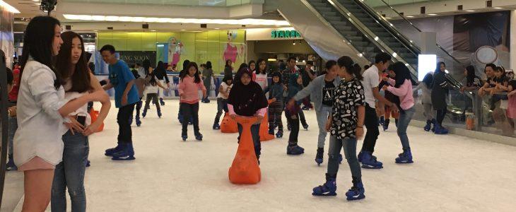 Foto 3 Ice skating Grandcity-Surabaya